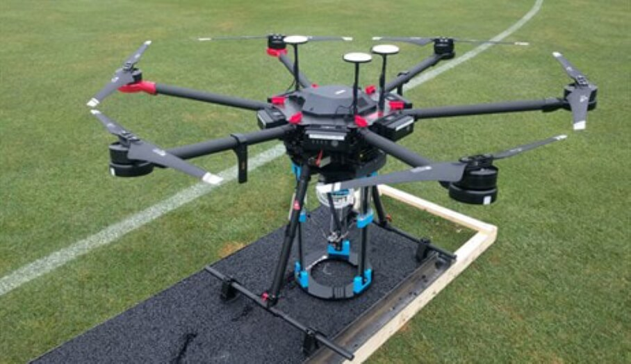 無人機利用3D打印機自行修復損壞道路?