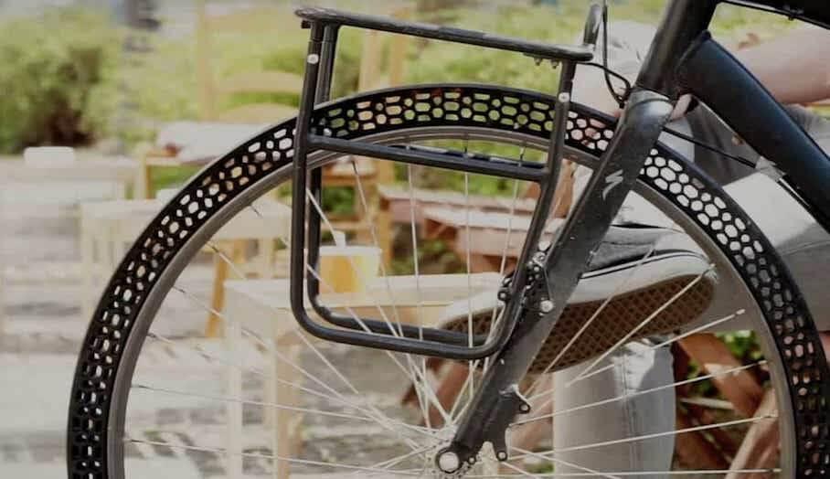 不用打氣充氣的3D 打印單車輪胎?