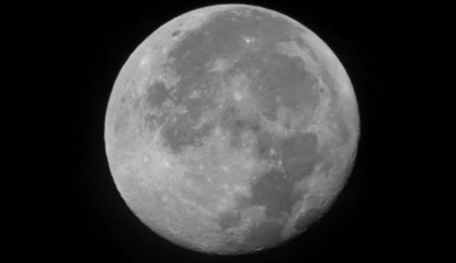 用iPhone影超級月亮