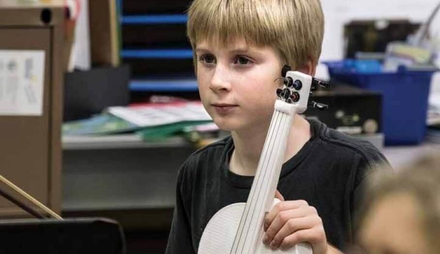 3D打印啟發小朋友創意 - 11歲小孩自製3D打印小提琴