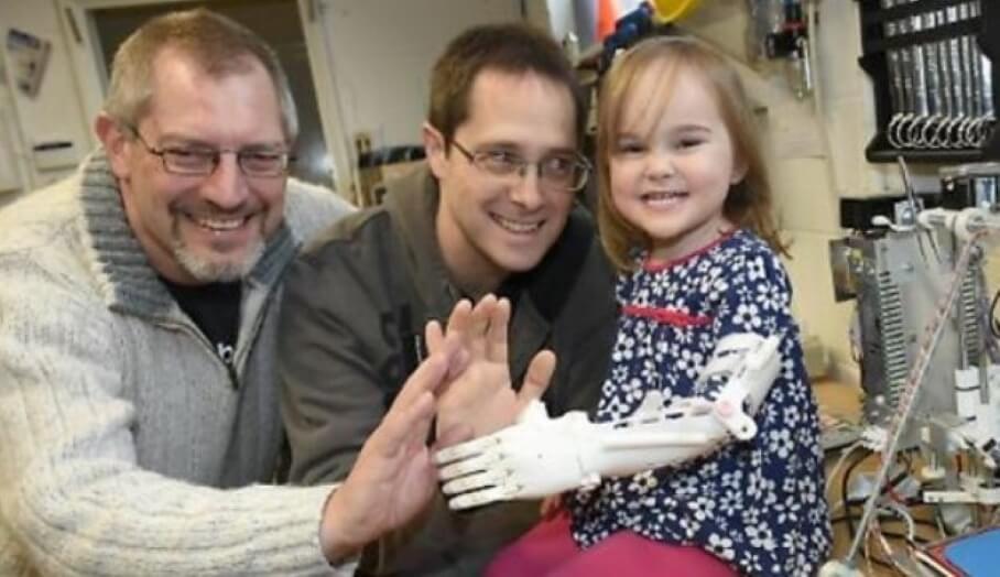 小朋友有部3D打印機就可以幫到有需要人士製作3D打印義肢?
