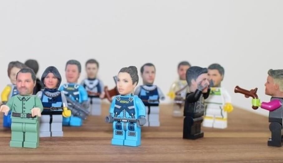 你都可以成為LEGO Superhero 人偶