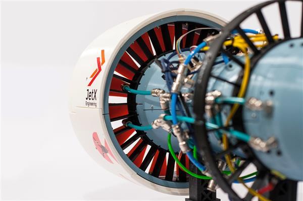 用FDM 3D打印機製造超真實飛機引擎模型?