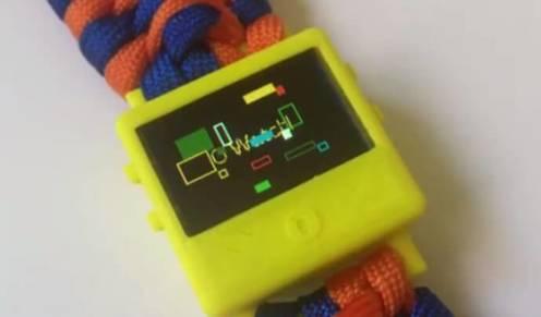從STEM活動中小朋友學會編程及設計3D打印智能手錶