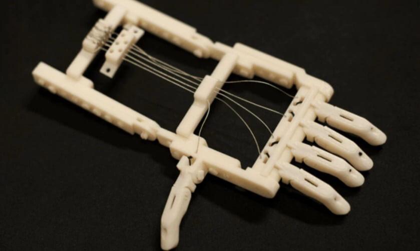 外國3D打印業餘愛好者為小朋友3D打印義肢