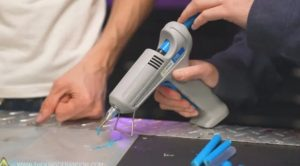 你可以使用熱熔膠槍來 3D 打印膠料嗎? 3