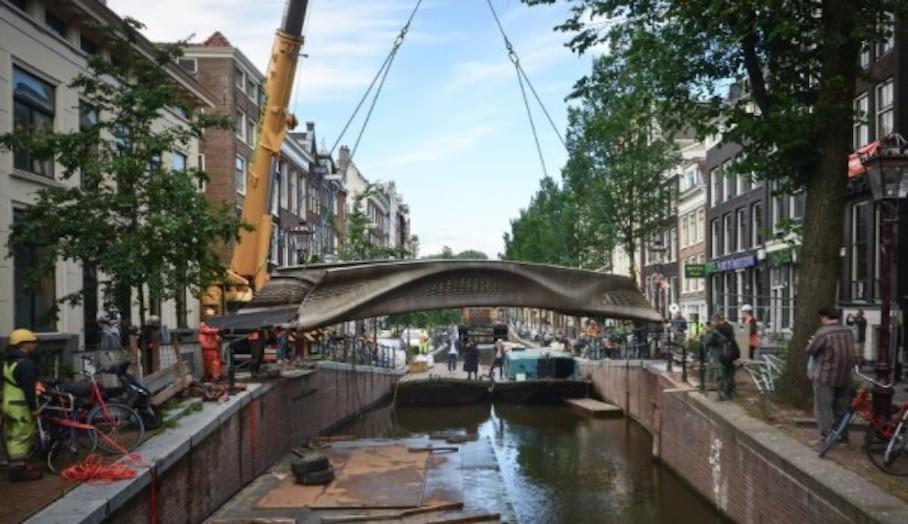 MX3D 在阿姆斯特丹安裝金屬 3D 打印橋樑 2